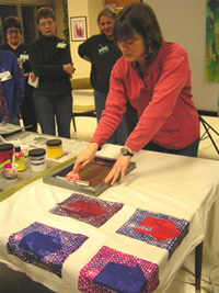 maggie Weiss silk screening demo